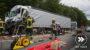 Auffahrunfall bei Niedernhausen: Lkw-Fahrer eingeklemmt und lebensgefährlich verletzt