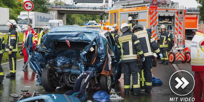 Tragischer Unfall auf der A3: Zwei Tote und ein schwerverletztes Kleinkind