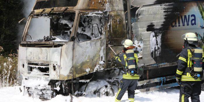 Sichtbehinderung durch LKW Brand auf der A5