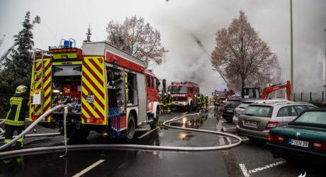 Großbrand in Oberursel – Lagerhalle abgebrannt