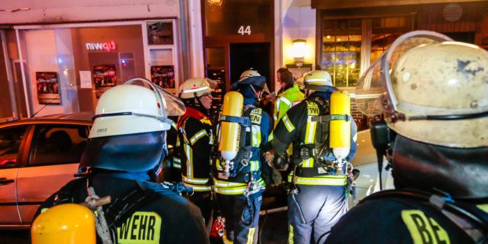 Brandstifter setzt Wohnung in Brand – Sieben Verletzte im Westend