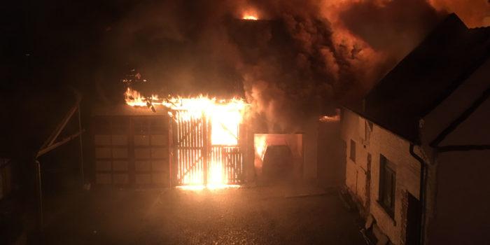 Scheune auf Bäckereigelände in Niedernhausen ausgebrannt