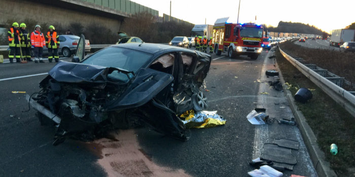 Schwerer Verkehrsunfall auf der A3 bei Bad Camberg – Zeugen gesucht!