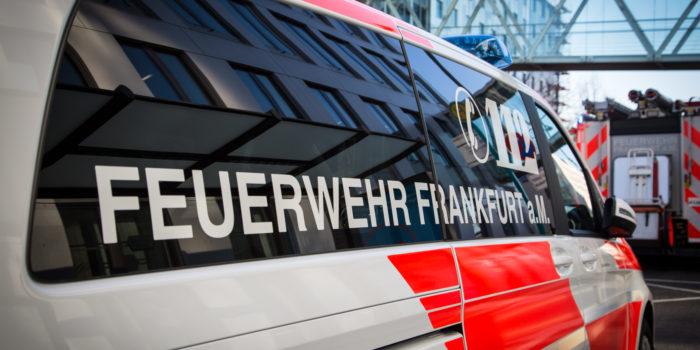 Sechs Verletzte bei Wohnungsbrand in Frankfurt Fechenheim