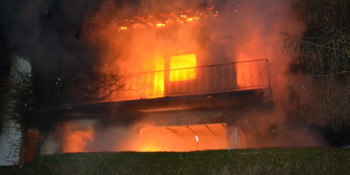 Toter bei Gebäudebrand in Geisenheim