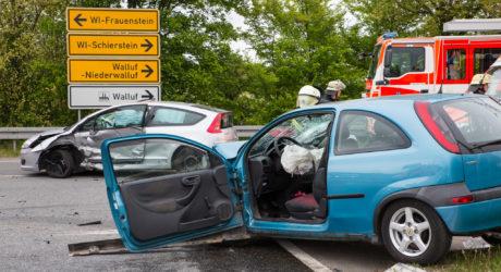 Schwerer Verkehrsunfall auf Kreuzung – Vier Schwerverletzte bei Frauenstein