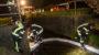 Ölfilm im Mosbach – Feuerwehr bringt Ölschlängel an
