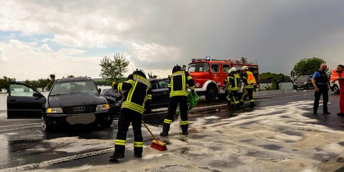Schwerer Verkehrsunfall auf der B42 bei Oestrich-Winkel
