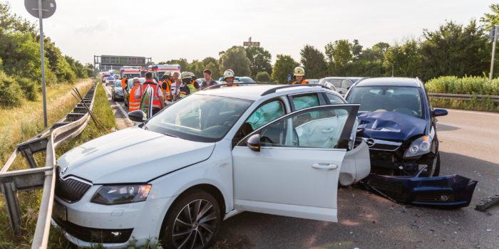 Fünf Verletzte bei Auffahrunfall auf der A66 am Wiesbadener Kreuz