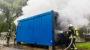 Rauchsäule über Auringen – Container am Klärwerk in Flammen
