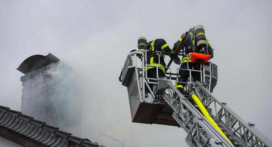 Dachstuhlbrand in Kelkheim – Blitzeinschlag als Ursache?