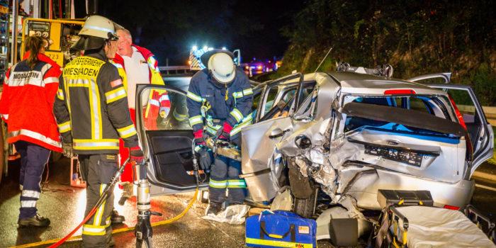 In den Gegenverkehr geschleudert – Schwerer Unfall auf der Eisernen Hand