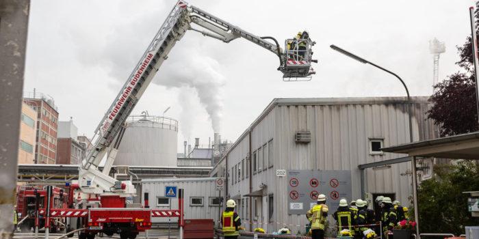 Gebäudebrand in Chemischer Fabrik Budenheim