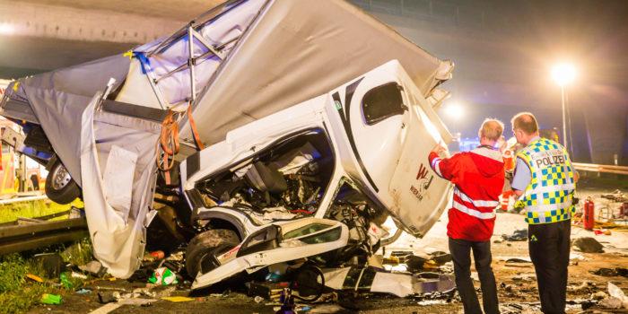 Ermittlungsergebnisse nach tödlichem Unfall: Geisterfahrer war erheblich alkoholisiert