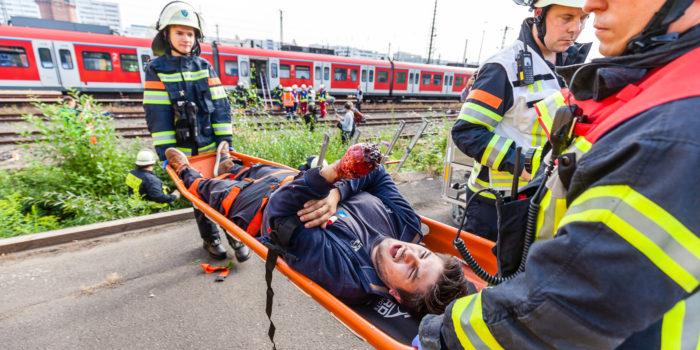 Katastrophenschutzübung am Wiesbadener Hauptbahnhof – Terroranschlag in S-Bahn