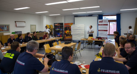 """Seminar """"Öffentlichkeits- und Medienarbeit"""" feiert erfolgreich Premiere"""