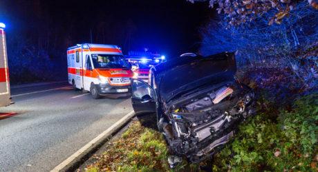 Mehrere Verletzte nach Frontalzusammenstoß auf der B275 bei Idstein