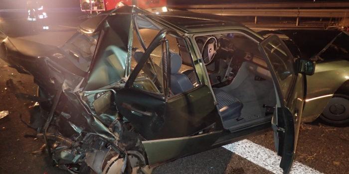Schwerer Verkehrsunfall auf der A63 – BMW fährt vorausfahrendem Mercedes auf