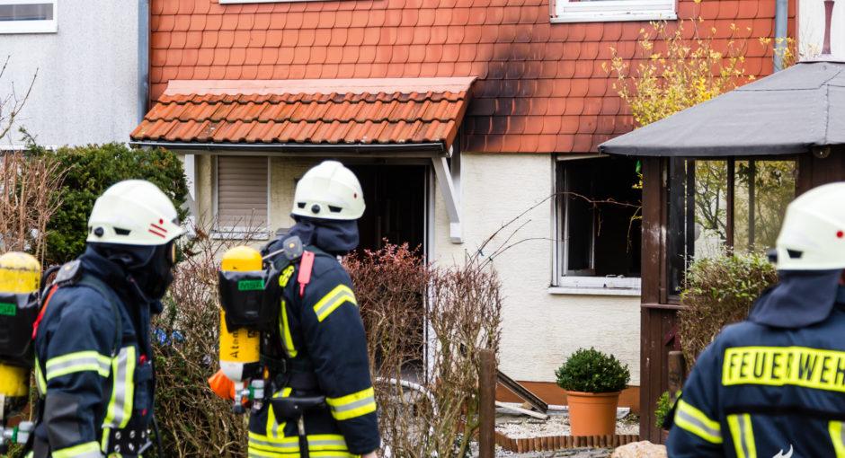 Eine Verletzte bei Küchenbrand in Neu Anspach