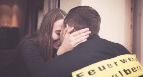 Kommentar: Mit der Drehleiter in den siebten Himmel – Ein Heiratsantrag wird zum viralen Hit