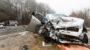Tödlicher Frontalzusammenstoß auf der B455 bei Naurod – zwei eingeklemmte Personen