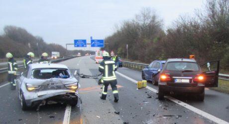 Schwerer Verkehrsunfall auf der A63 bei Alzey – Auffahrunfall mit sechs Beteiligten