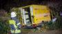 Paket-Zustellfahrzeug verunglückt in Kostheim – Alkoholisierter Fahrer schwer verletzt