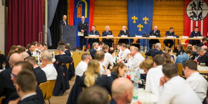 Jahreshauptversammlung der Wiesbadener Feuerwehren – Ehrenamtliche 2017  bei 965 Einsätzen gefordert