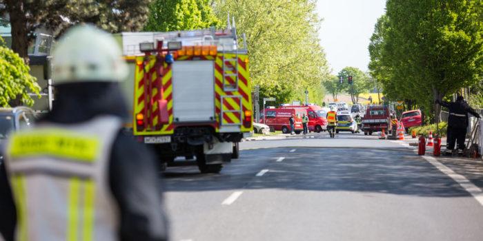 Beschädigte Gasleitung beschäftigt Feuerwehr in Hofheim mehrere Stunden