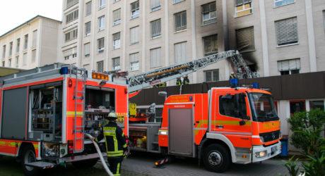 Zimmerbrand in Krankenhaus Rüsselsheim – Zwei Verletzte