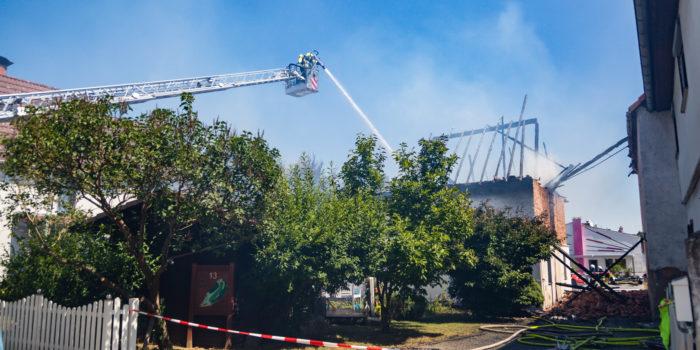 Scheunenvollbrand im alten Ortskern von Usingen-Wernborn