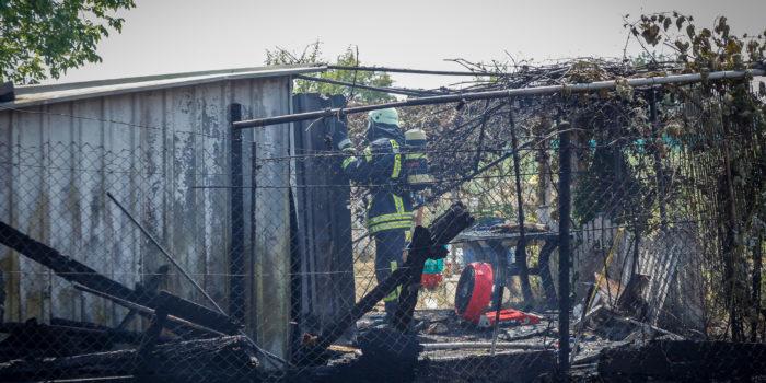 Flächenbrand in Hattersheim greift auf Kleingartenanlage über