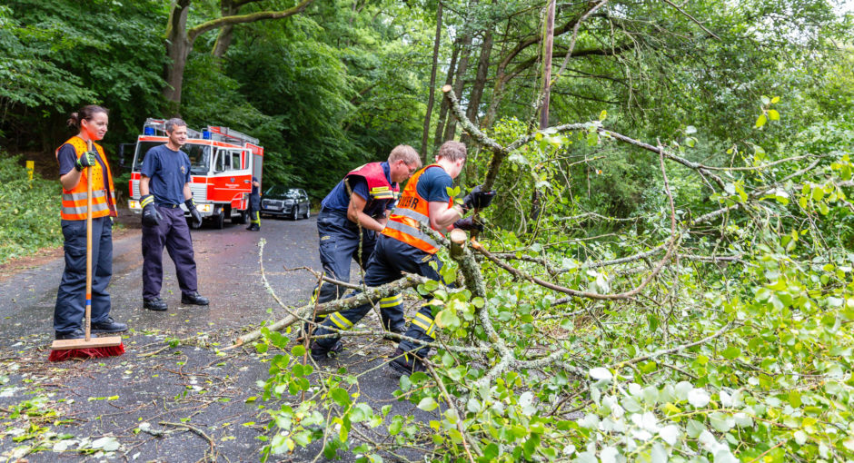 Unwetter über dem Wiesbadener Stadtgebiet sorgt für 45 Feuerwehreinsätze