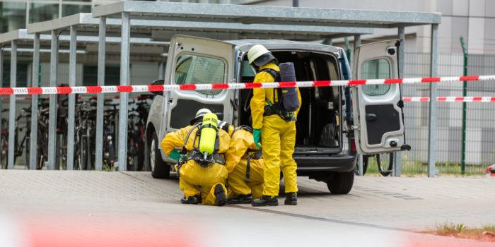 Brief mit weißem Pulver sorgt für Feuerwehreinsatz
