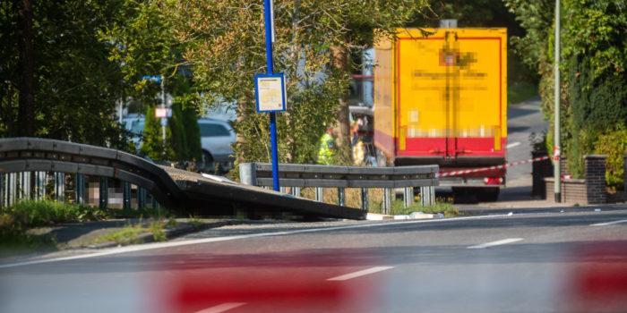 43-Jähriger wird unter einstürzendem Buswartehäuschen begraben und stirbt