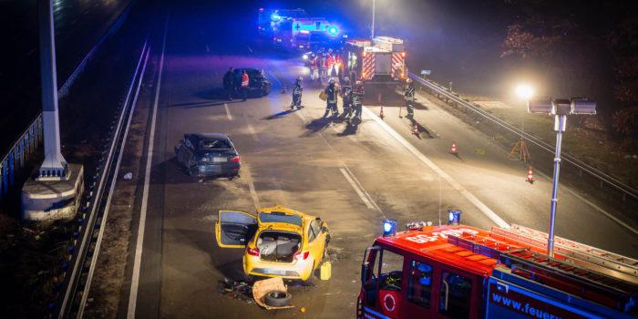 Unfall mit fünf Fahrzeugen auf der A3 am Frankfurter Flughafen