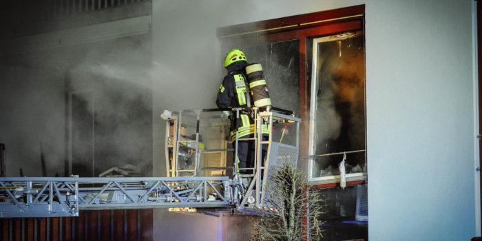 Großeinsatz in Geisenheim – 69-Jähriger stirbt bei Brand in Seniorenwohnanlage
