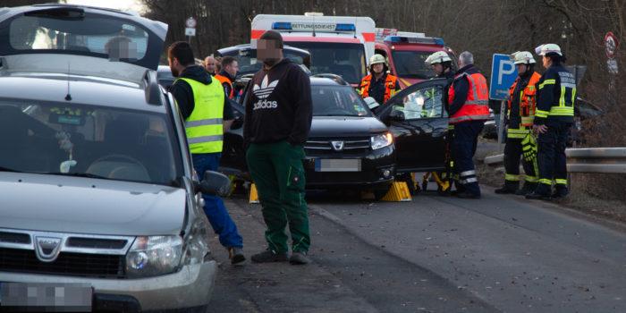 Drei Verletzte bei Zusammenstoß auf der L3272 bei Presberg