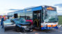 Vier teils schwer Verletzte bei Zusammenstoß mit Bus am Flugplatz Erbenheim