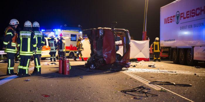 Tödlicher Unfall mit Kleinbus auf der A3 bei Limburg