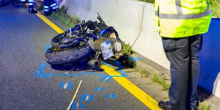 Tödlicher Unfall auf der A66 bei Erbenheim – Rettungskräfte suchen verunglückten Motorradfahrer