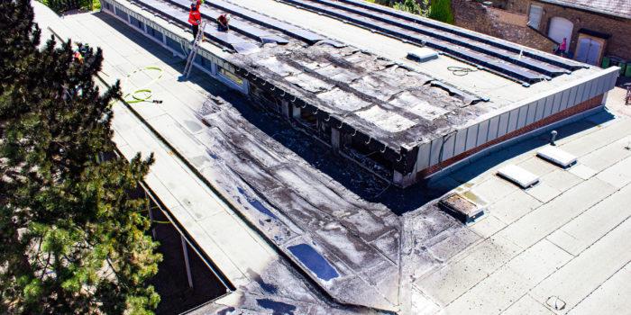 Photovoltaikanlage brennt auf Flachdach der Schiersteiner Kirchengemeinde