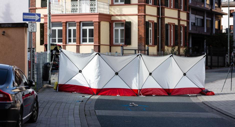 Tödliche Beziehungstat auf offener Straße in Limburg
