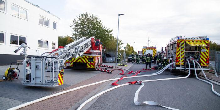 Zwei Verletzte bei Feuer in einer Lackierkabine in Wörrstadt