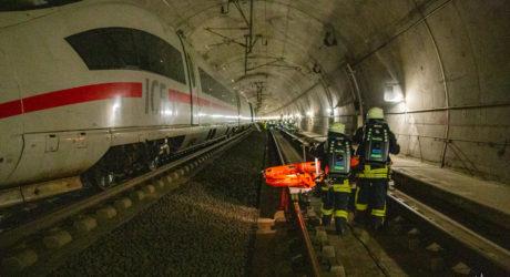 Brand eines ICE-Zuges in Tunnelanlage – so lautete der Übungsbefehl im Rheingau-Taunus // 500 Einsatzkräfte übten den Ernstfall