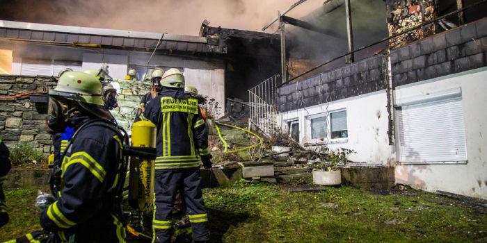 Feuer in Zweifamilienhaus in Glashütten