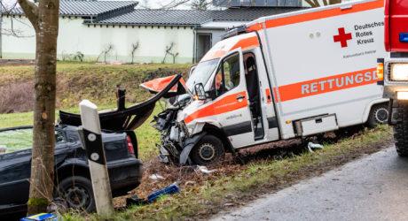 Verkehrsunfall mit RTW bei Leun – 39-Jähriger Beifahrer des PKW verstirbt
